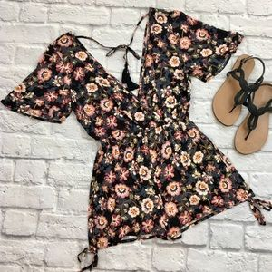 {Band of Gypsies} NWT Floral Romper